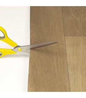 VINILE - Dark Brown rotolo ad effetto legno, facile da tagliare dettaglio forbice