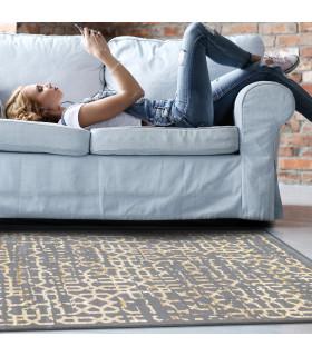 Opera tappeto di arredamento classico con disegni a livello varie misure variante MELANDRO ambientato