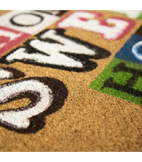 Entrance doormat detail in coconut and Wish sweet rubber