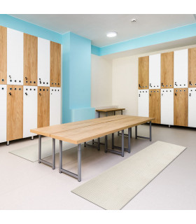 Rubbery carpet for hygienic and non-slip changing rooms