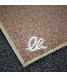 Dettaglio del tappeto cucina firmato moderno